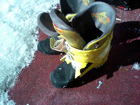ブーツの残骸その2